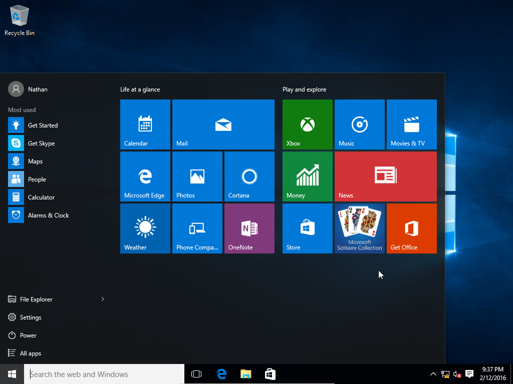 features of the graphical user interface of microsoft windows